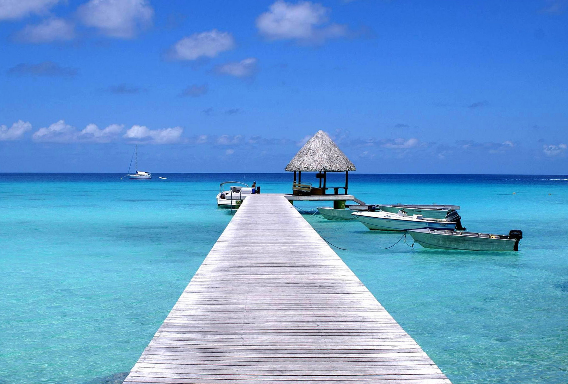 The pier at Kia Ora Resort on Rangiroa Atoll. Pic: Dany13/flickr